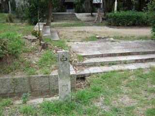 2007_0923_152555_百済寺中門跡.JPG