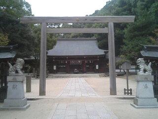 四條畷神社の鳥居の写真